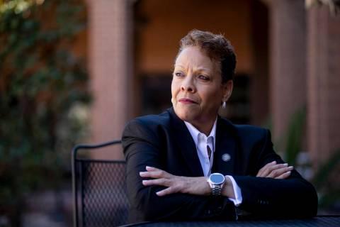 "La senadora del estado de Nevada, Pat Spearman, demócrata por North Las Vegas, afirma que ""c ..."