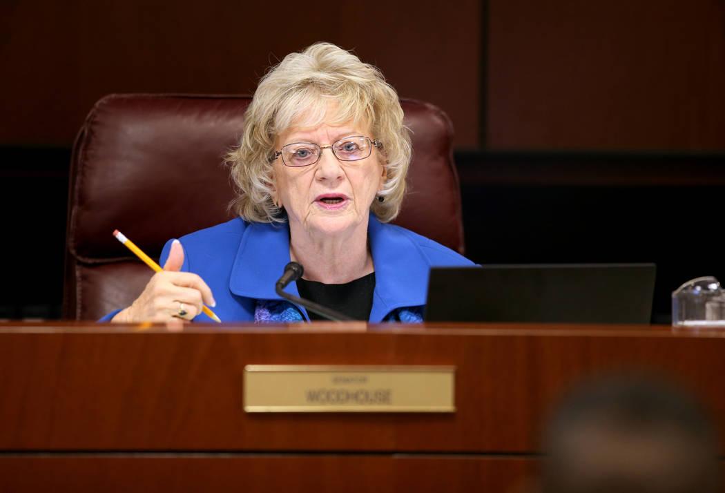 La senadora de Nevada, Joyce Woodhouse, demócrata por Henderson, en el edificio legislativo de ...