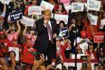 """""""Al votar por Trump, los latinos en NV pueden elegir más crecimiento económico, en lugar de un gobierno más grande e ineficaz"""": Pence"""