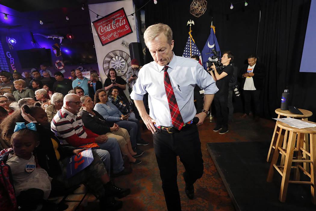Tom Steyer habla en un evento de campaña en Myrtle Beach, S.C., el miércoles, 26 de febrero d ...