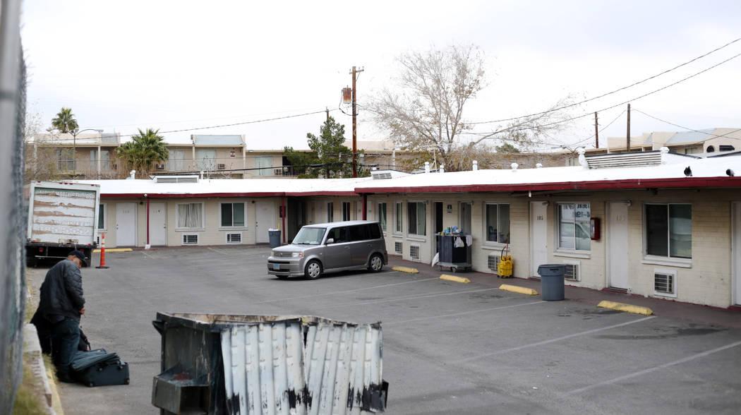 El Economy Motel en la calle Fremont 1605, en Las Vegas, el lunes 23 de diciembre de 2019. La p ...