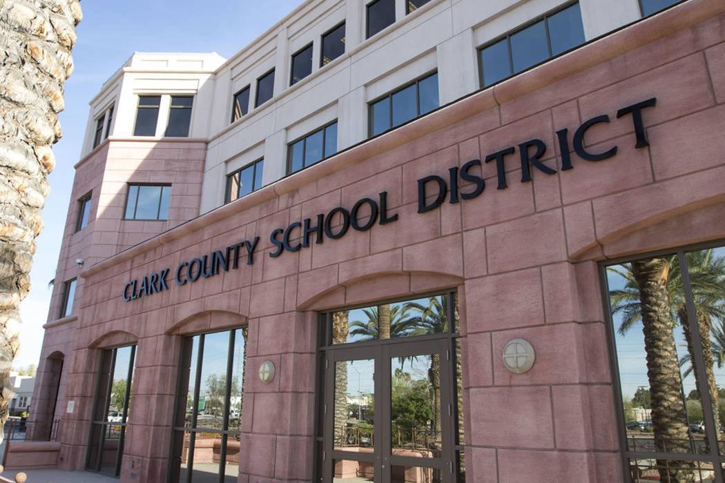 El edificio de administración del Distrito Escolar del Condado Clark ubicado en 5100 W. Sahara ...