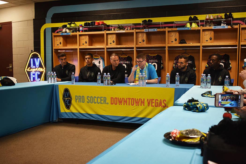 Integrantes de Las Vegas Lights FC recibieron la visita de los principales medios de comunicaci ...