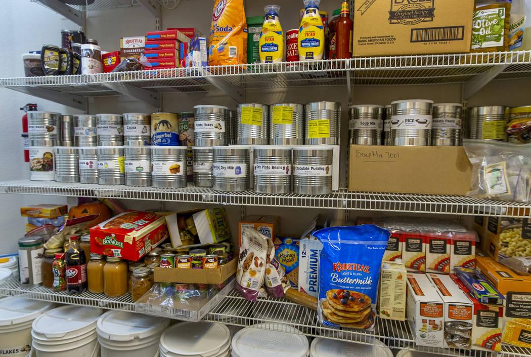 Algunos de los muchos alimentos almacenados en la despensa de Cory y Holly Steed el lunes, 2 de ...