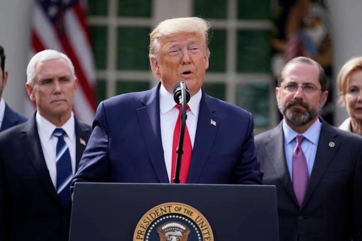 El presidente Donald Trump habla durante una conferencia de prensa sobre el coronavirus en el J ...