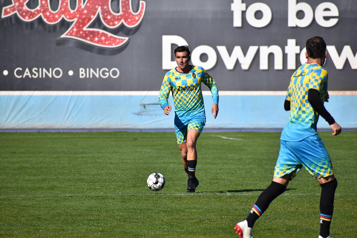 Esta foto de archivo muestra a Ramón Martín Del Campo durante un entrenamiento con Lights F.C ...