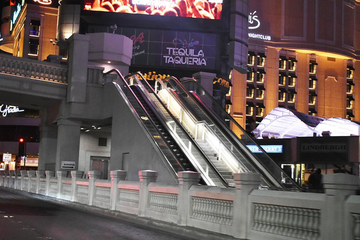 El Tiempo estuvo presente en el Strip y el Downtown, al filo de la medianoche del martes 17 de ...