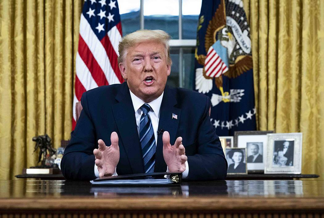 ARCHIVO.- El presidente Donald Trump habla en un discurso a la nación desde la Oficina Oval de ...