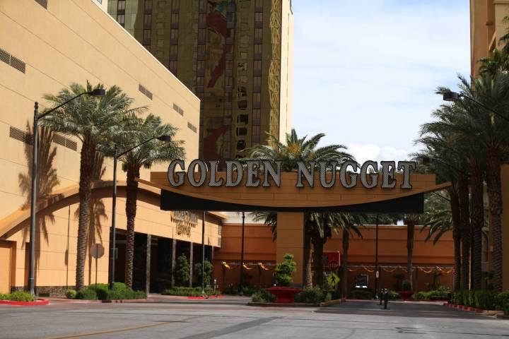 El casino-hotel Golden Nugget en Las Vegas el jueves, 19 de marzo de 2020. (Erik Verduzco/Las V ...