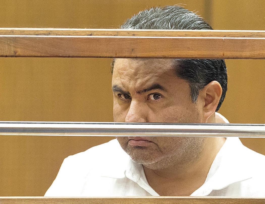 En esta foto de archivo, Naasón Joaquín García, líder de la iglesia fundamentalista mexican ...