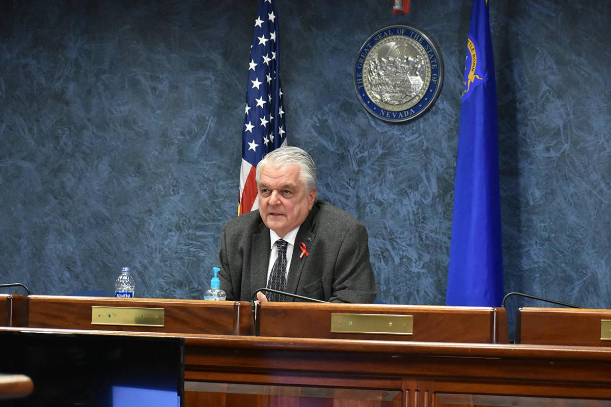 El gobernador Steve Sisolak aumentó la directiva de distanciamiento social en Nevada. Miércol ...