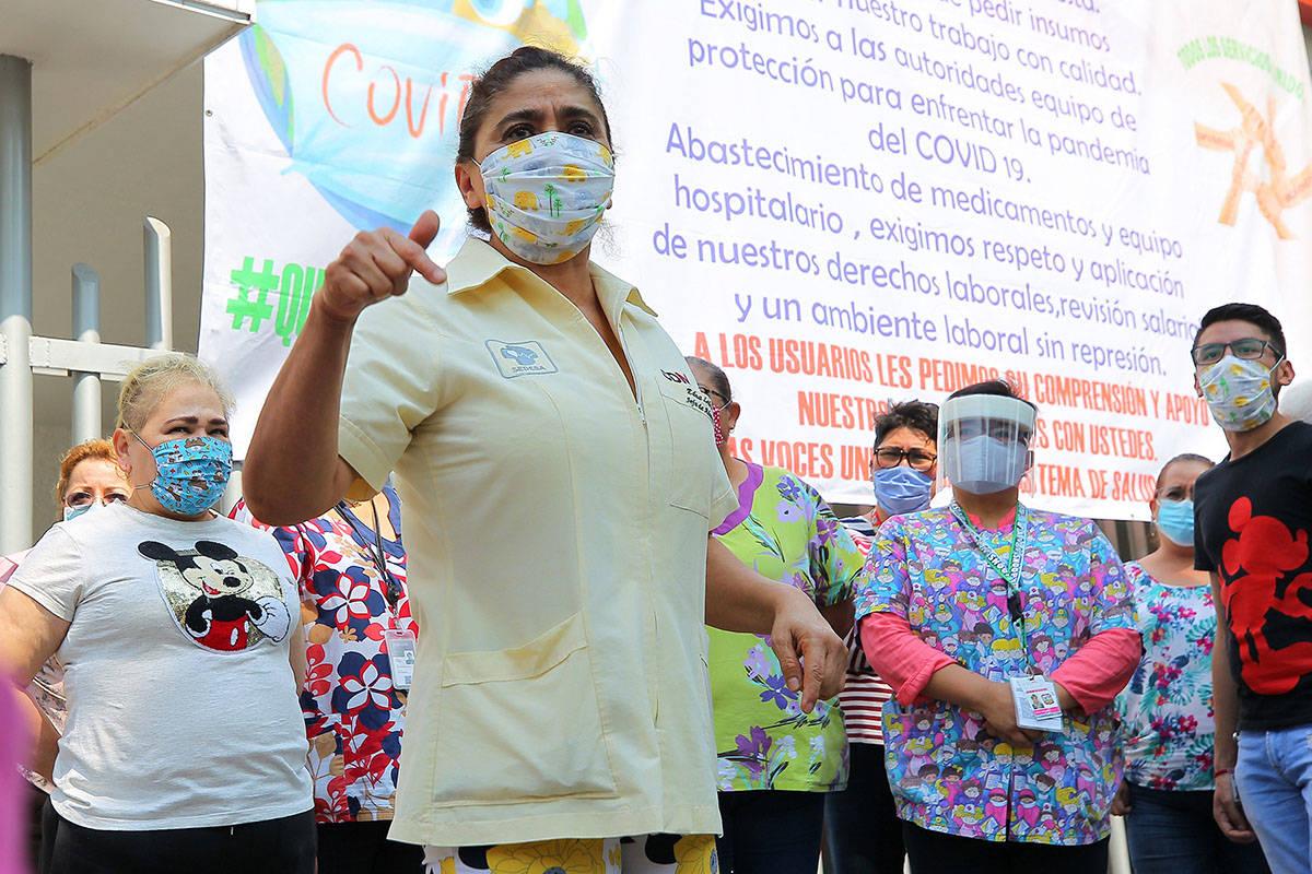 ARCHIVO.- Manifestación del personal médico del Hospital General Balbuena, ya que denuncian f ...
