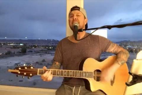 Justin Carder realiza una sesión en Facebook Live el 19 de marzo de 2020. (Justin Carder)