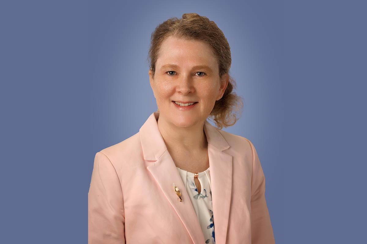 June Eastridge, Ed.D., MSN, RN, CNE, COI, nueva Decano de la Escuela de Enfermería. [Foto Cort ...