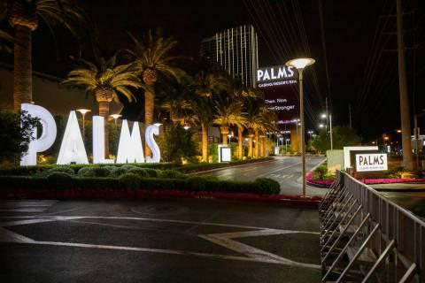 The Palms está sin actividad en medio de cierres comerciales no esenciales de coronavirus, el ...
