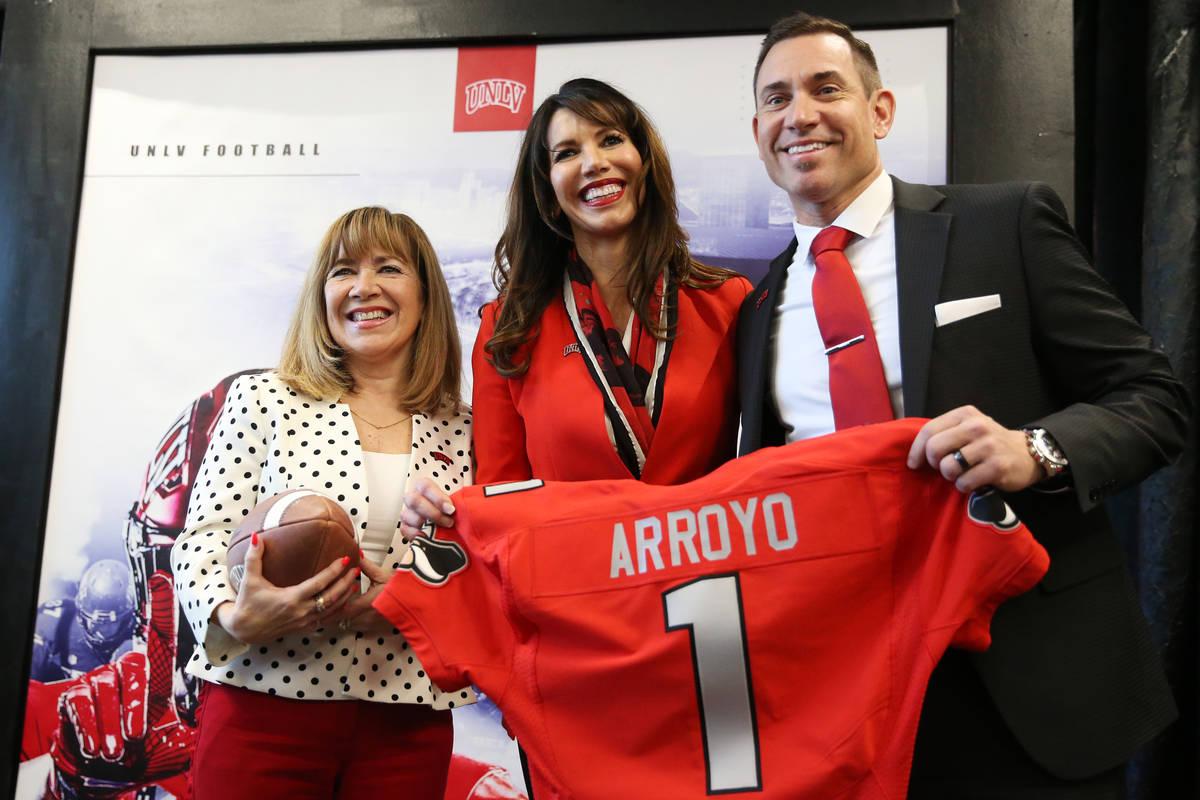La presidenta de la UNLV, Marta Meana, de izquierda a derecha, la directora atlética Desiree R ...