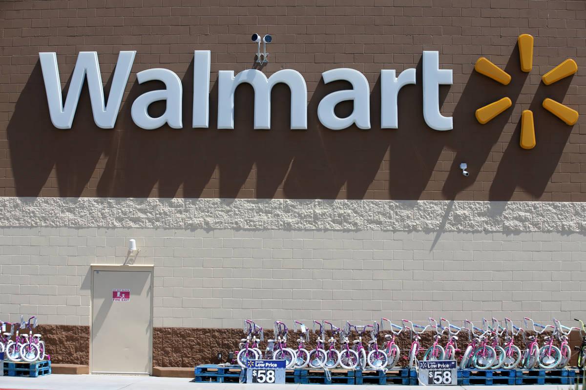 Walmart en 2310 E. Serene Ave., Las Vegas. (K.M. Cannon Las Vegas Review-Journal)