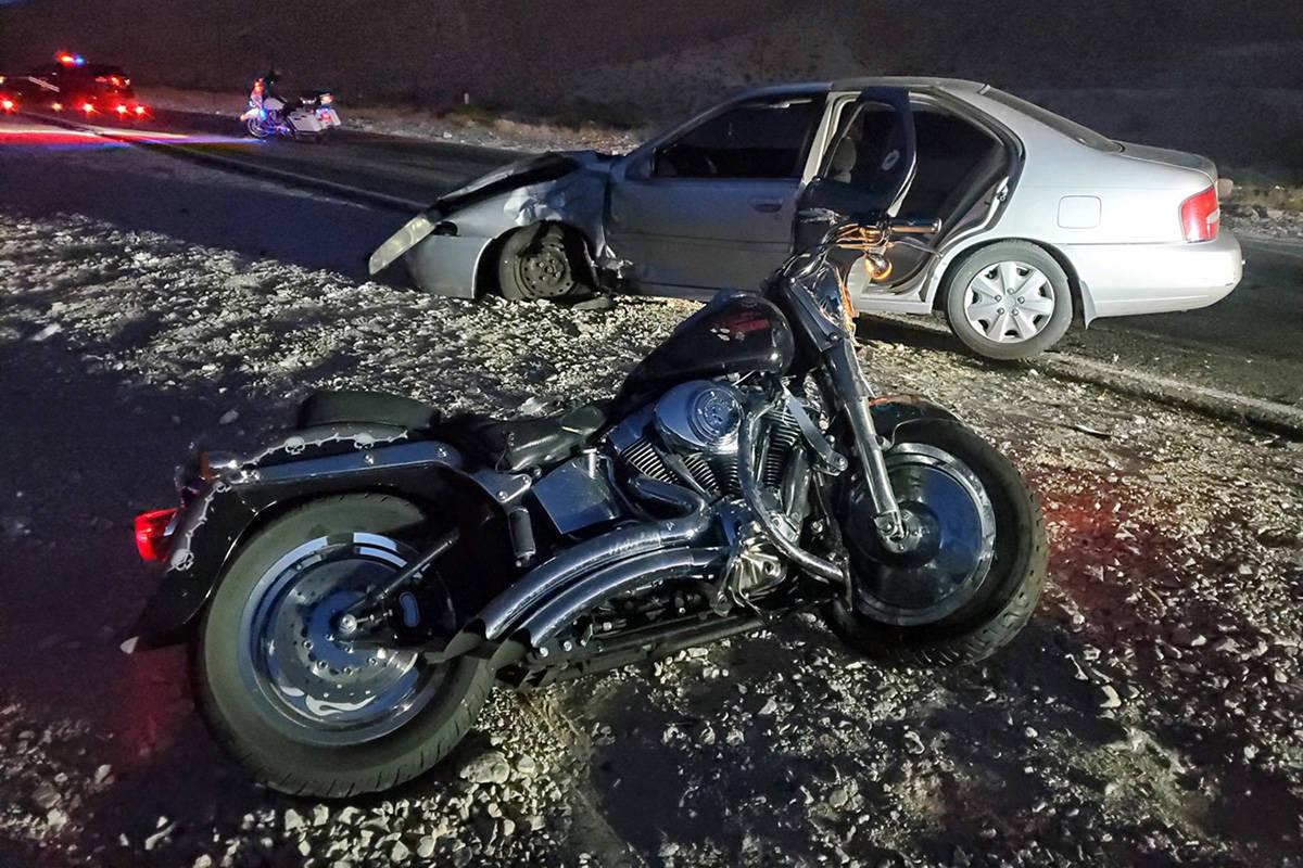 La policía investiga un accidente fatal el jueves, 21 de mayo de 2020 en el Boulevard East Lak ...