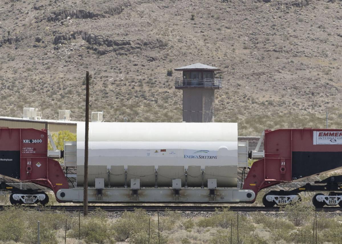El antiguo reactor nuclear de la Unidad 1 de la Estación de Generación Nuclear de San Onofre, ...