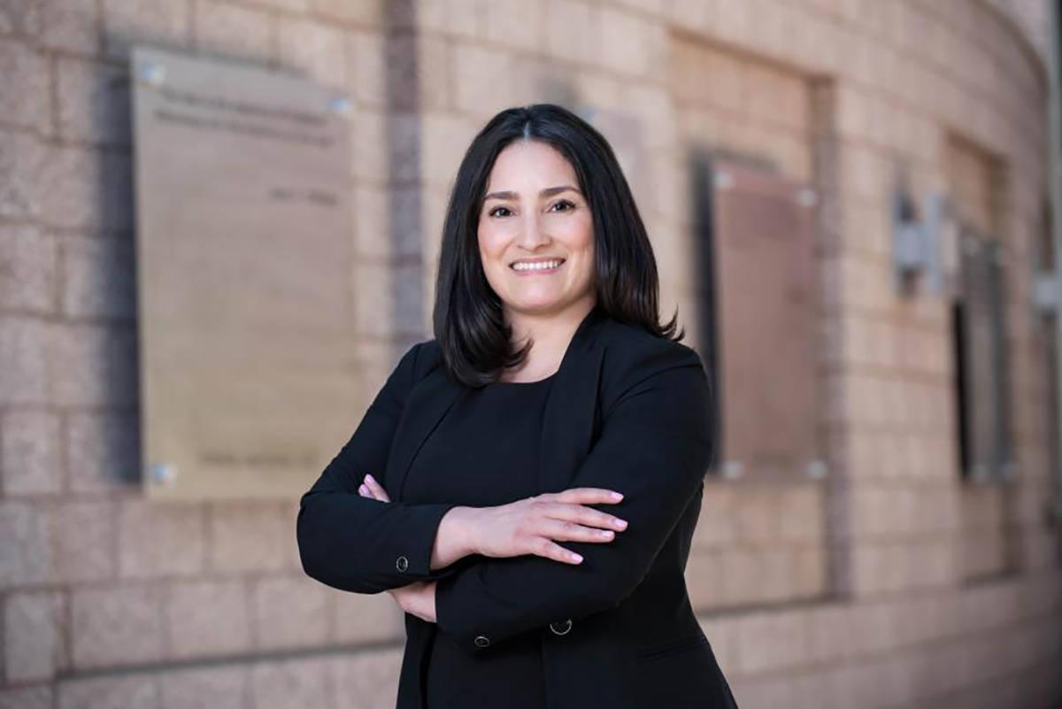 Mayra Salinas-Menjívar cuenta con un irrestricto respeto -y admiración- por parte de la comun ...