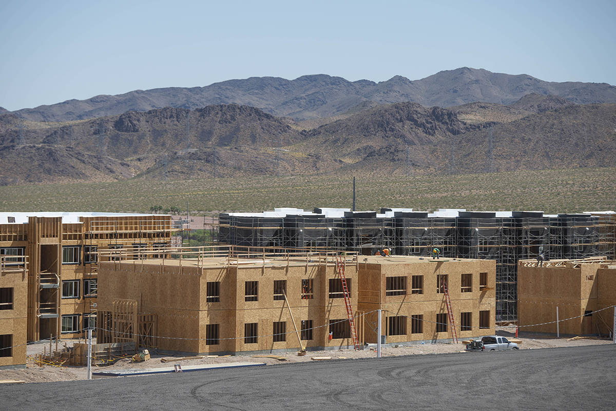 The Village at Nevada State College, fue aprobado por la Junta de Regentes del Sistema de Educa ...