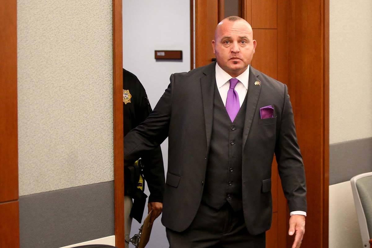 El detective de la policía de Las Vegas, Lawrence Rinetti Jr., llega al Centro Regional de Jus ...