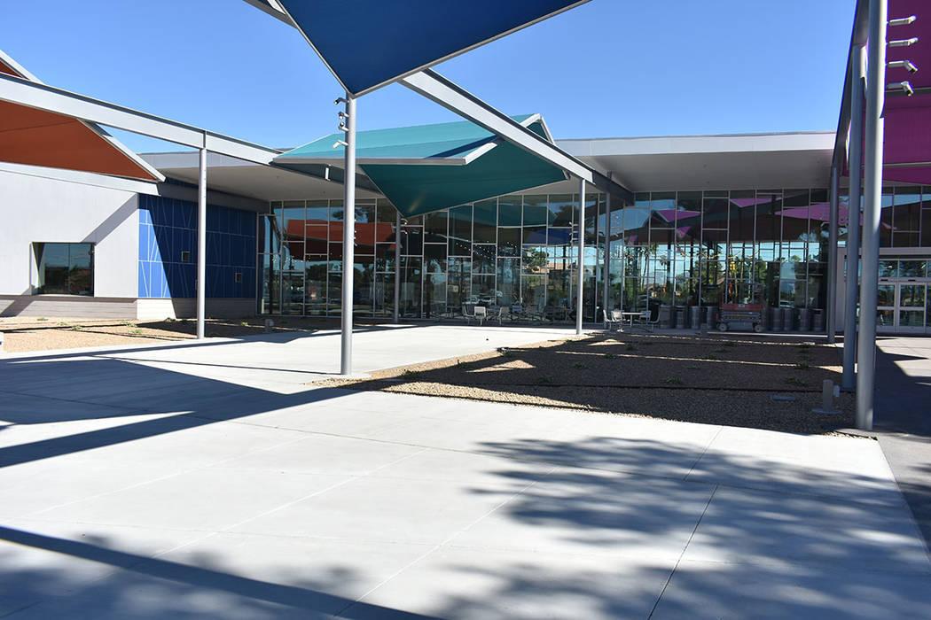 Archivo.- La Biblioteca del Este de Las Vegas cuenta con diversos salones tecnológicos y área ...