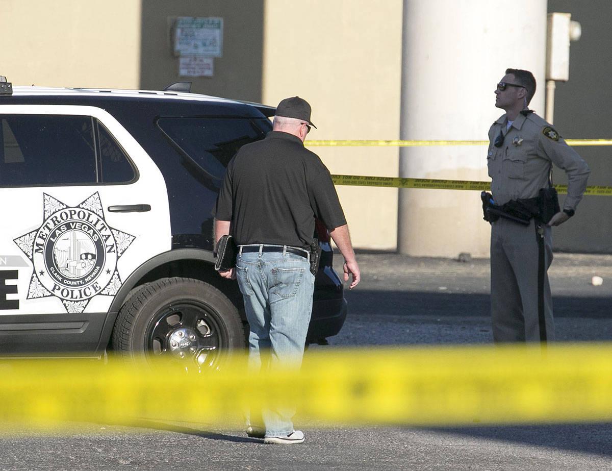 El Departamento de Policía Metropolitana está investigando un homicidio en el área de East F ...