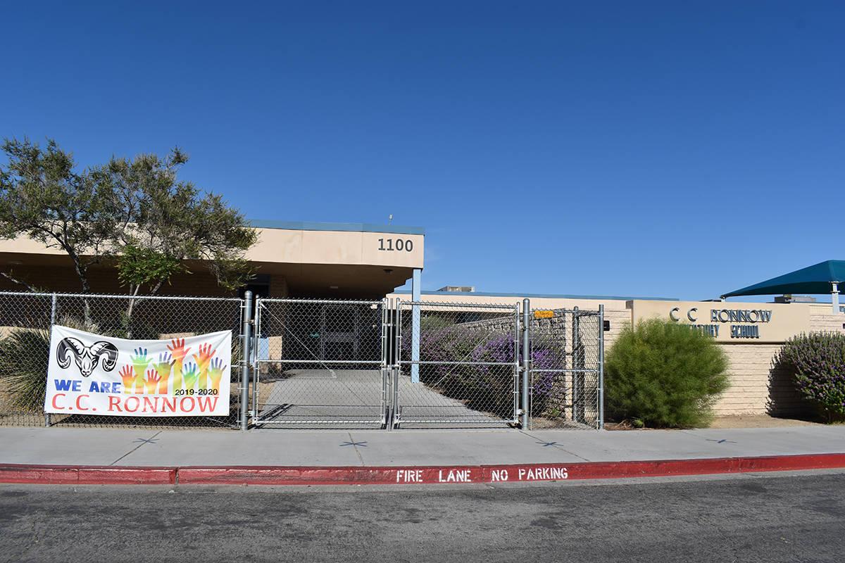 La cafetería de la escuela primaria C.C. Ronnow llevará el nombre de Ronaldo Cesa, una de las ...