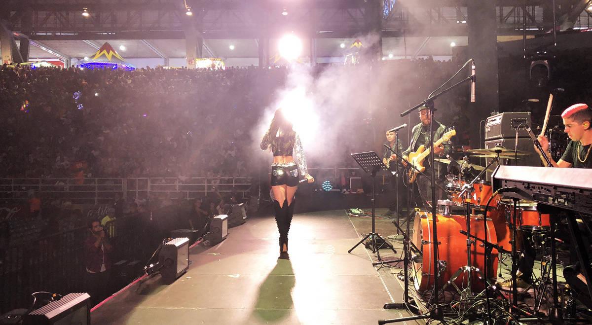 Bridget González se ha ganado un lugar en la industria de música latina en Estados Unidos y M ...