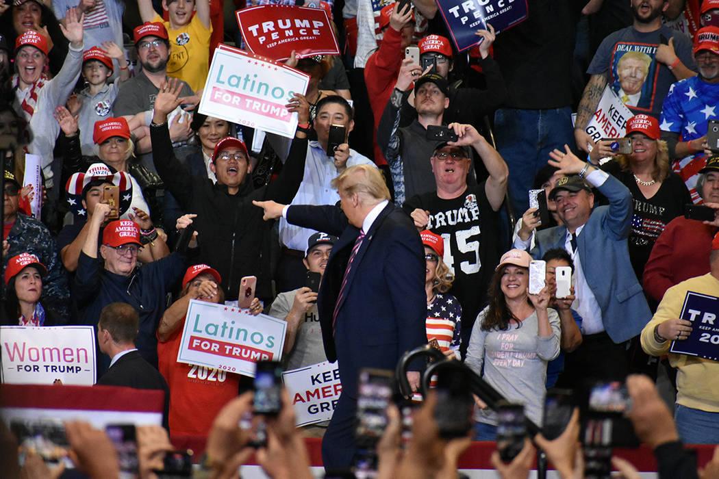 """En esta foto de archivo, el presidente Donald J. Trump encabezó el mitin de campaña """"Keep A ..."""