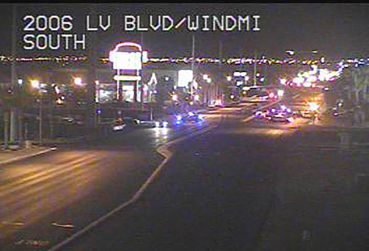 Un hombre fue atropellado por un vehículo en Las Vegas Boulevard South cerca de Windmill Lane ...