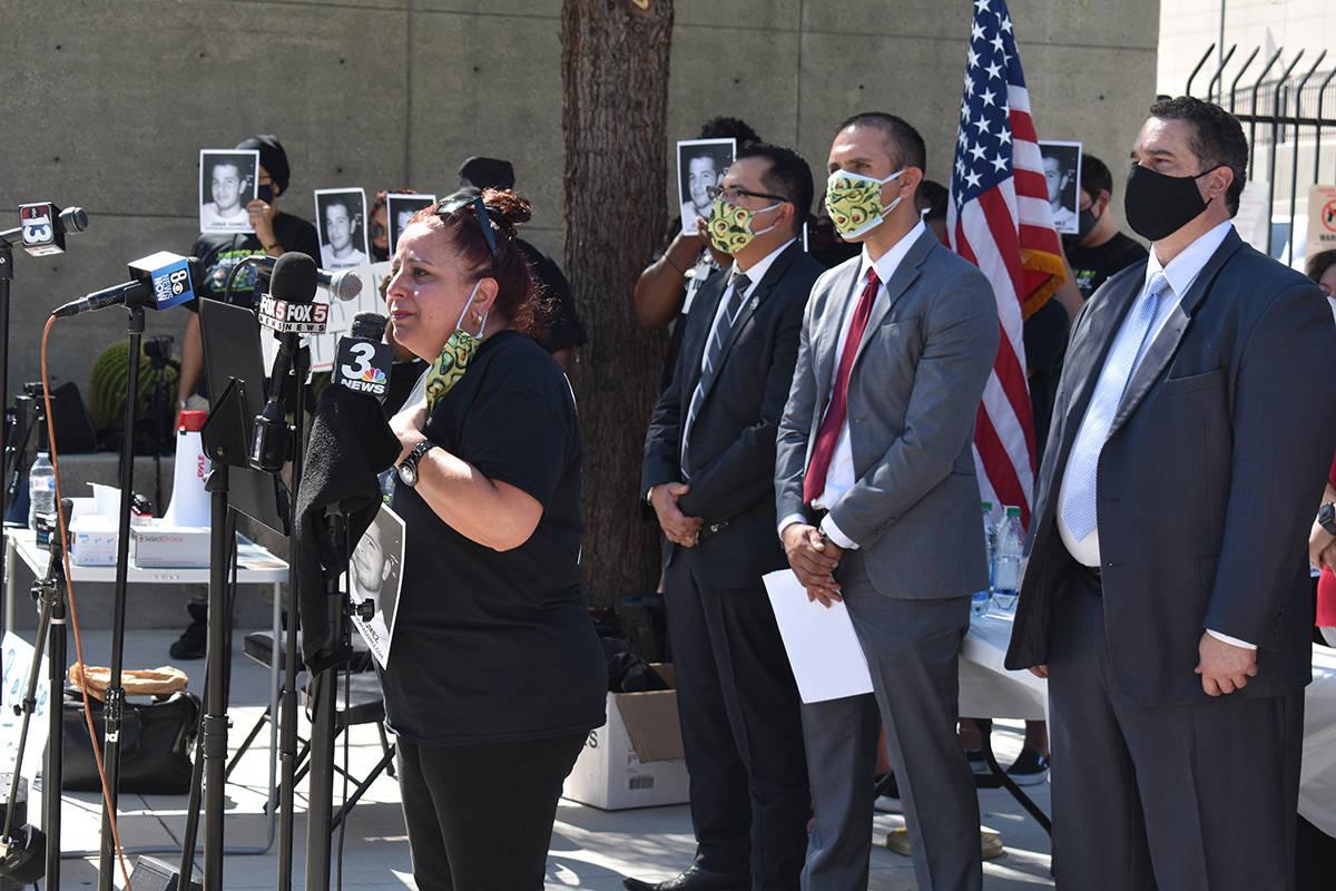 Jeannie Llera, madre del joven abatido durante una protesta en solidaridad al movimiento BLM, i ...