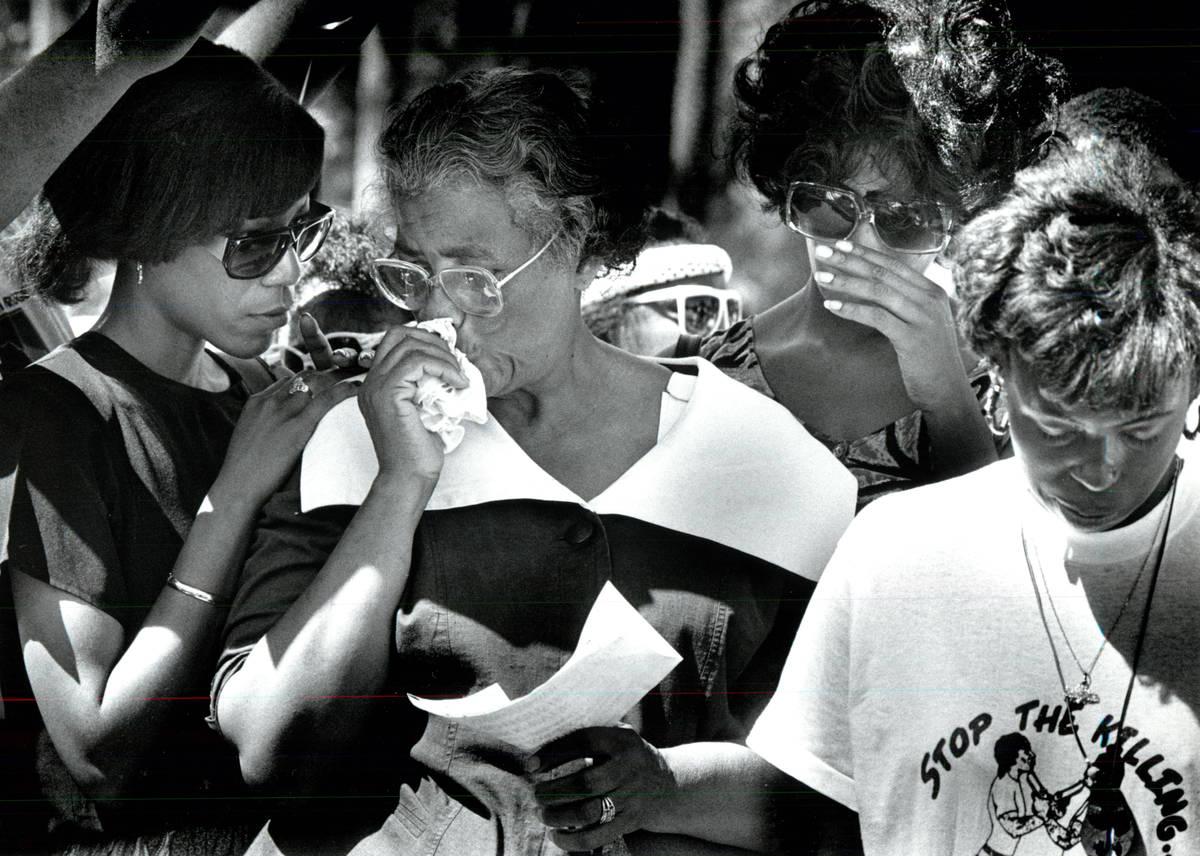 Foto sin fecha de Eula Mae Vincent, centro, madre de Charles Bush. (Archivo del Las Vegas Revie ...