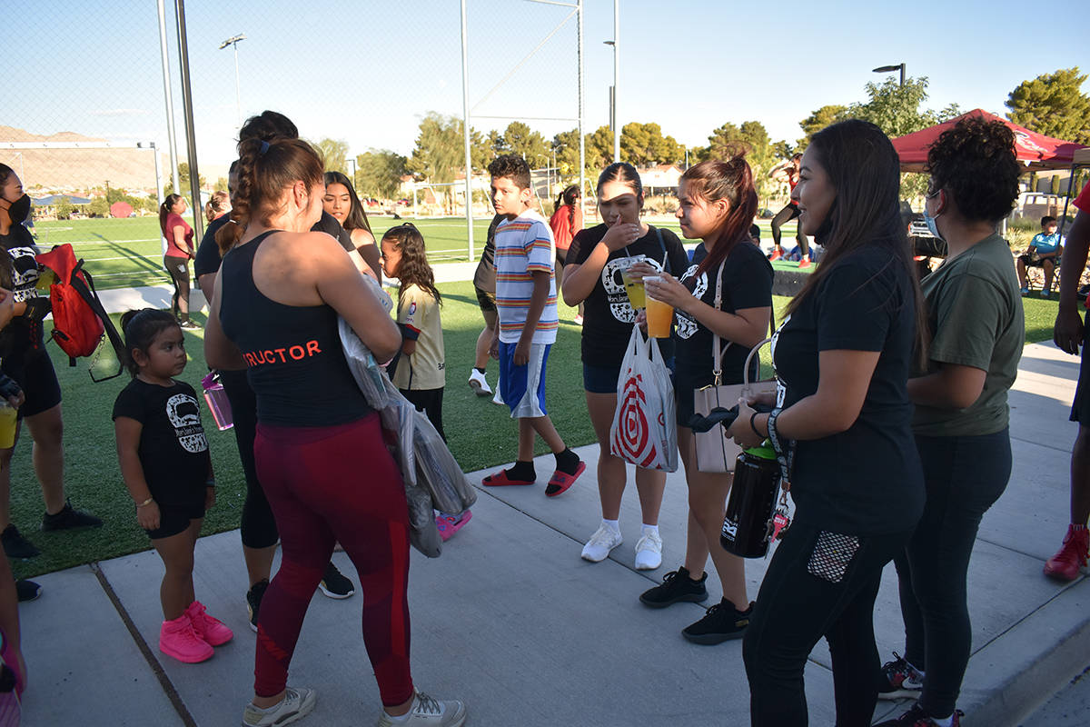 "Instructores del valle realizaron Zumbathon para recolectar útiles escolares ""I Love My Comm ..."