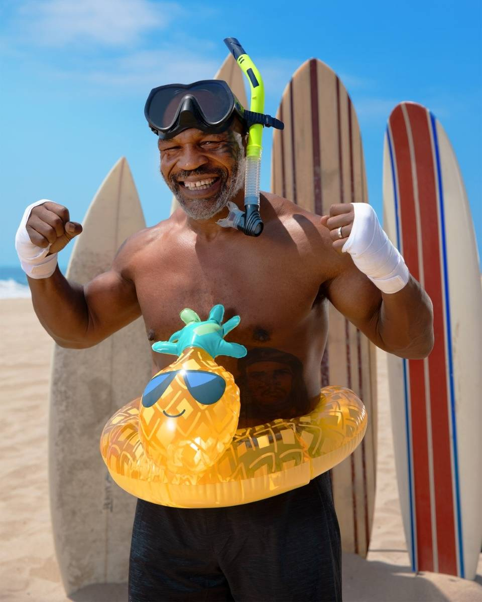 """Mike Tyson en """"Tyson vs. Jaws: Rumble on the Reef."""" (Jason Elias/Discovery Channel)"""