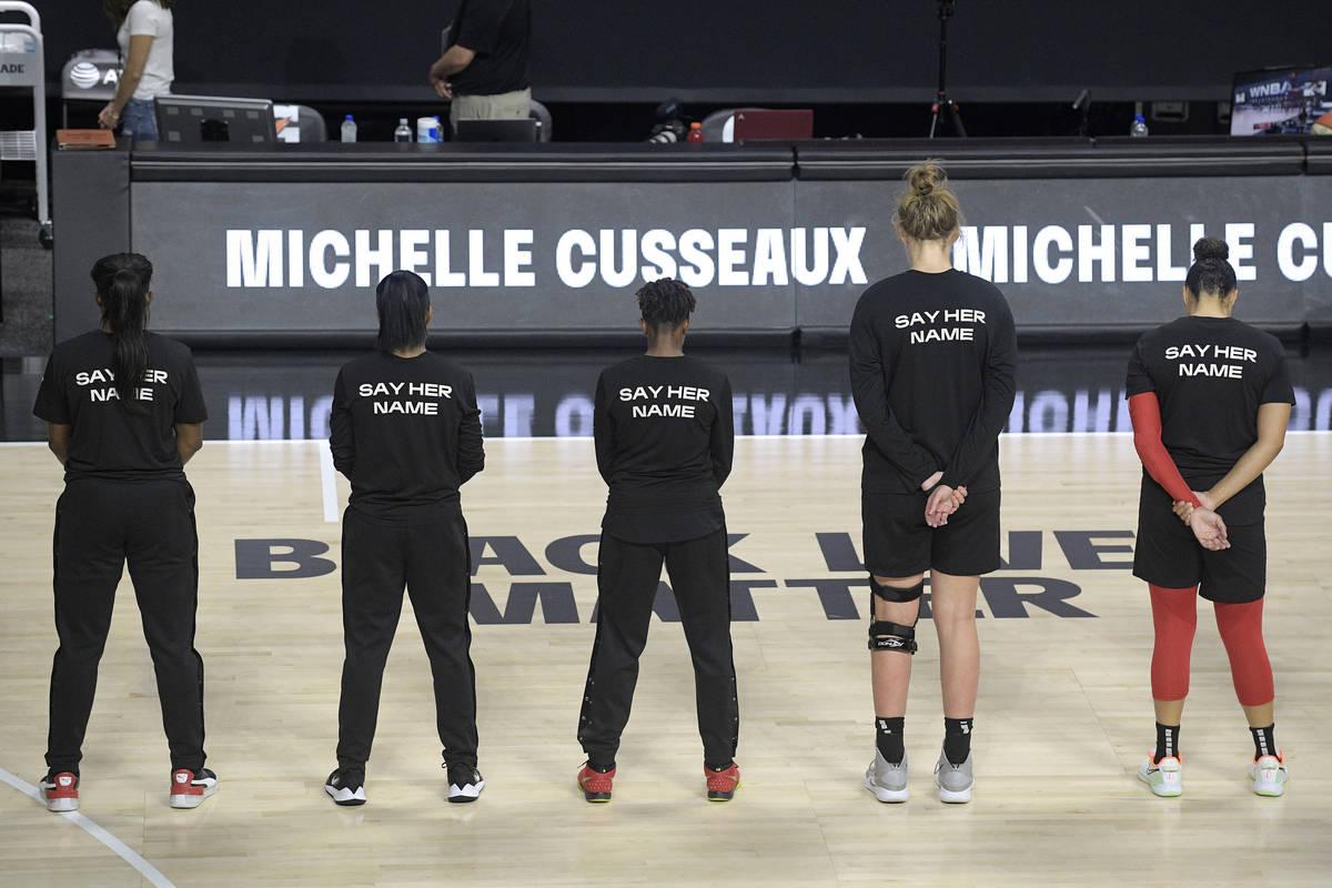 Las Aces de Las Vegas honran a Michelle Cusseaux con un momento de silencio antes del partido d ...