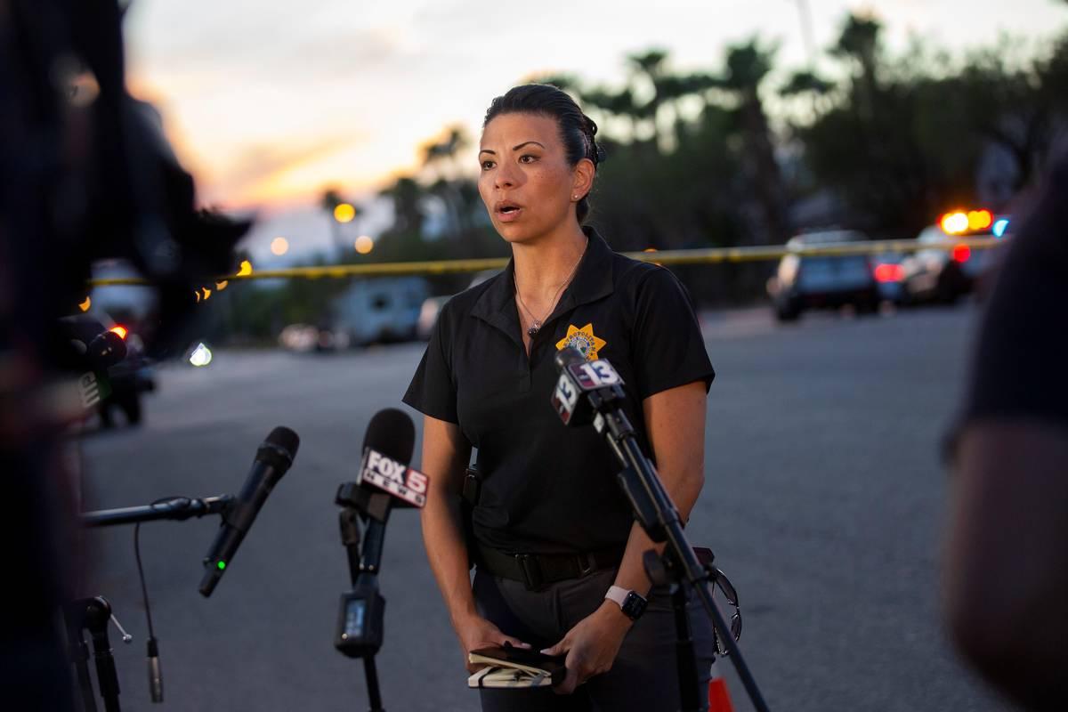 La capitana Yasenia Yatomi da una rueda de prensa sobre un oficial involucrado en un tiroteo en ...