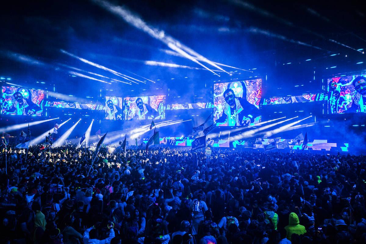 Se esperan más de 450 mil fans en EDC 2021. (Benjamin Hager/Las Vegas Review-Journal) @benjami ...