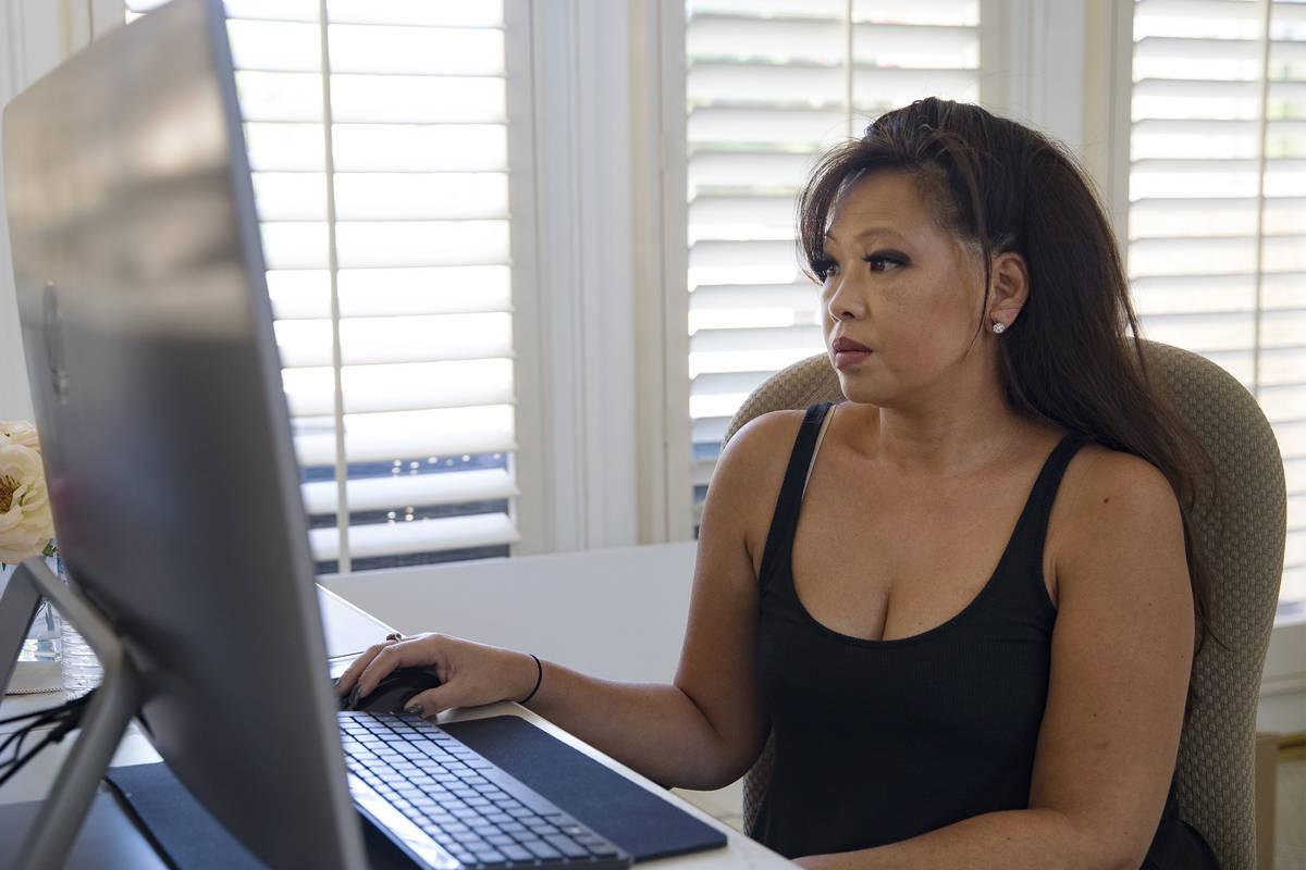 Michelle Lau observa uno de los casos judiciales relacionados con la oficina de desempleo que s ...