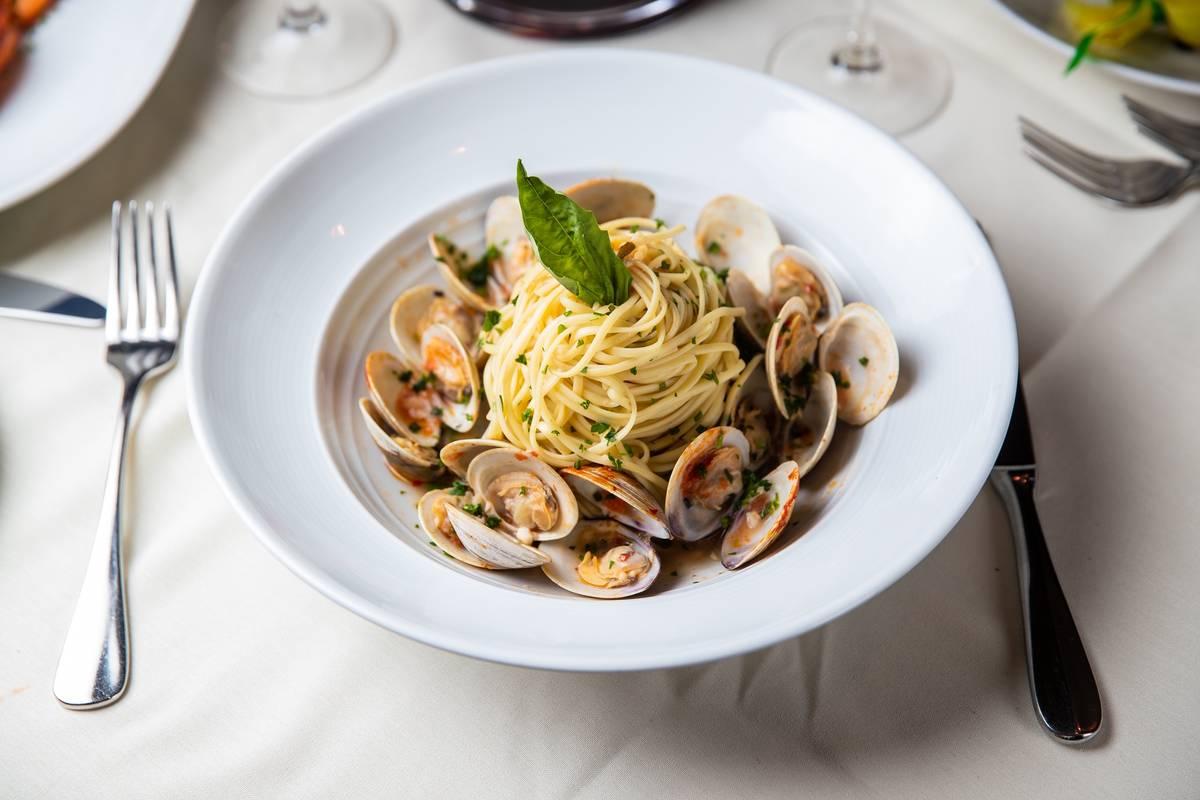 Pasta y más estarán disponibles cuando Piero's reabra. (Tony Tran)