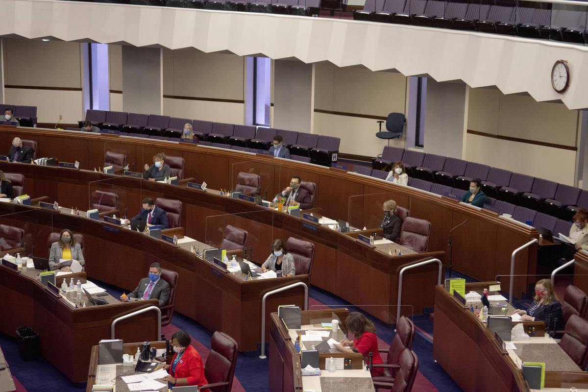 La cámara de la Asamblea el viernes, 31 de julio de 2020 durante el primer día de la 32ª Ses ...