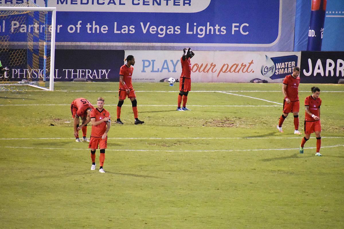 Phoenix Rising desaprovechó estar en ventaja en el marcador durante casi todo el partido y ter ...