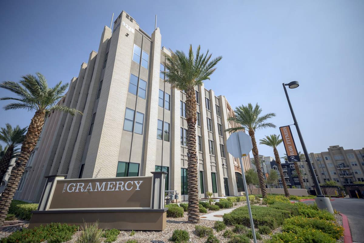 The Gramercy, un complejo de uso mixto en el suroeste del Valle de Las Vegas el jueves, 20 de a ...
