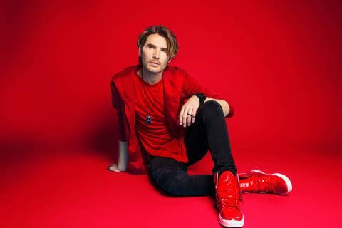 """El artista argentino Gerard Flores ha lanzado el tema """"Lovely"""", el cual está disponible en ..."""
