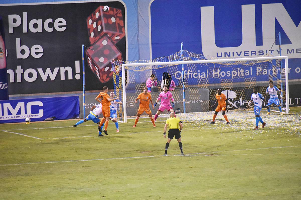 Las Vegas Lights FC y San Diego Loyal SC se enfrentaron en un juego correspondiente a la tempor ...