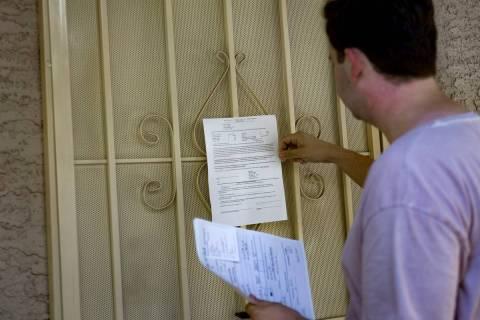 Se estima que 249 mil 700 residentes del Condado Clark estén en riesgo de ser evacuados de sus ...