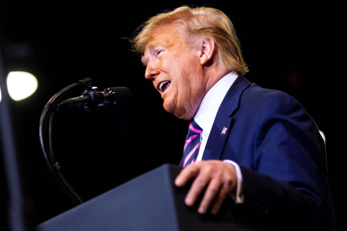 El presidente Donald Trump habla durante un mitin en el Centro de Convenciones de Las Vegas el ...
