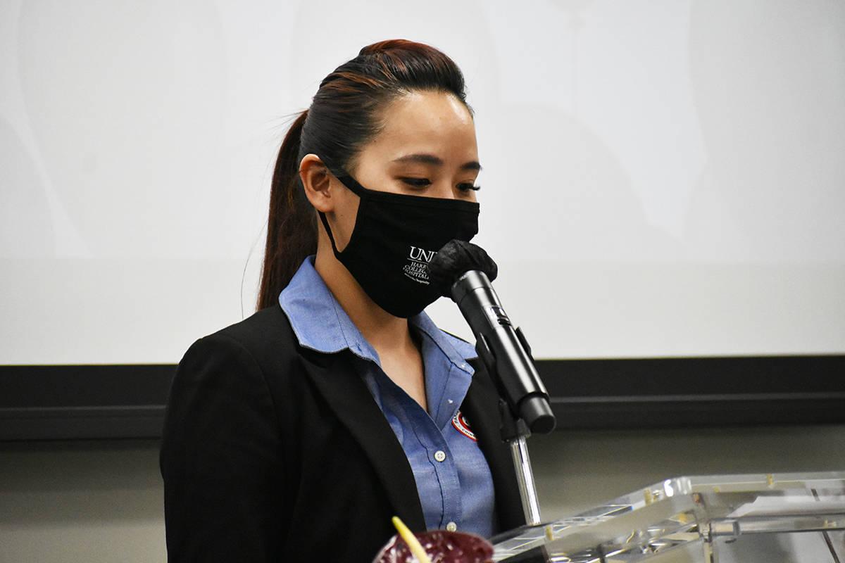 La alumna de UNLV, Sheena Serafica, reconoció el impacto positivo que tendrá esta donación e ...