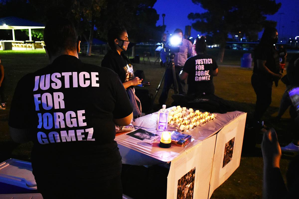 Decenas de personas se unieron a la familia de Jorge Gómez para seguir pidiendo justicia por e ...